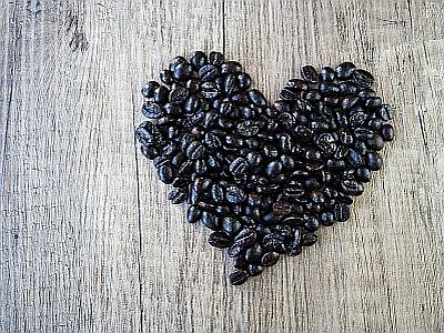 Sich ein Herz nehmen und sich bei einer Tasse Kaffee kennenlernen!