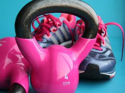 Schuhe und Gewichte