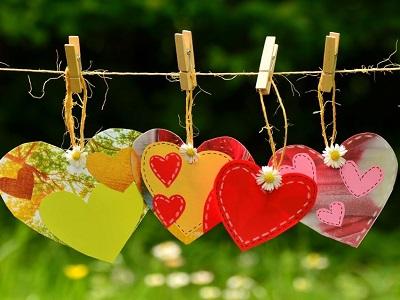 Herzen auf der Wäscheleine