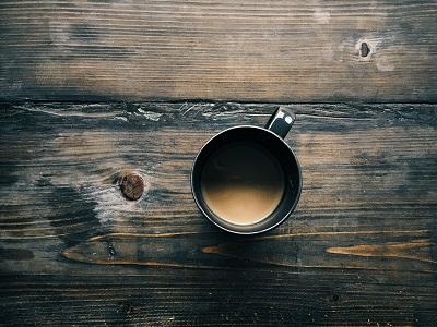 Kaffeekanne aus Kaffeebohnen
