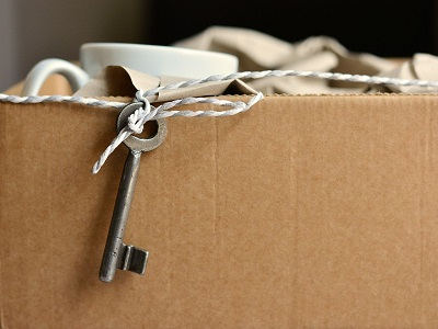 Kiste mit Schlüssel