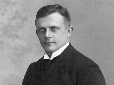 Portrait Paul Schneider